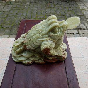 Thiềm thừ - cóc 3 chân ngậm tiền ngọc cẩm thạch xanh Pakistan 3